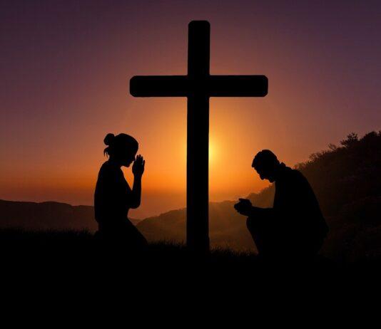 santarcisio-bibbia-croce-preghiera-vangeloo
